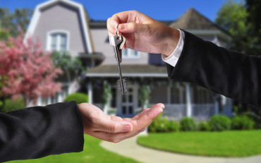 INFINITY-ABSTRACT-TITLE-TITLE-INSURANCE-REAL-ESTATE-REALTOR-CLOSING-DEAL